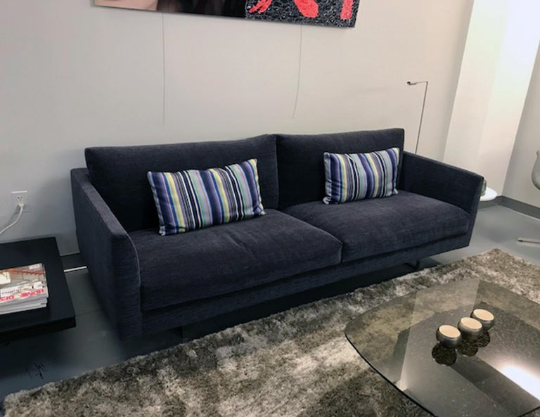 Montis Axel 3.5 Seater Fabric Sofa For Sale 1