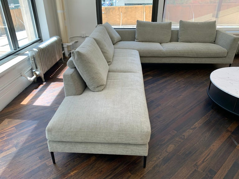 Montis Daley Sectional 2 In Excellent Condition In New York, NY