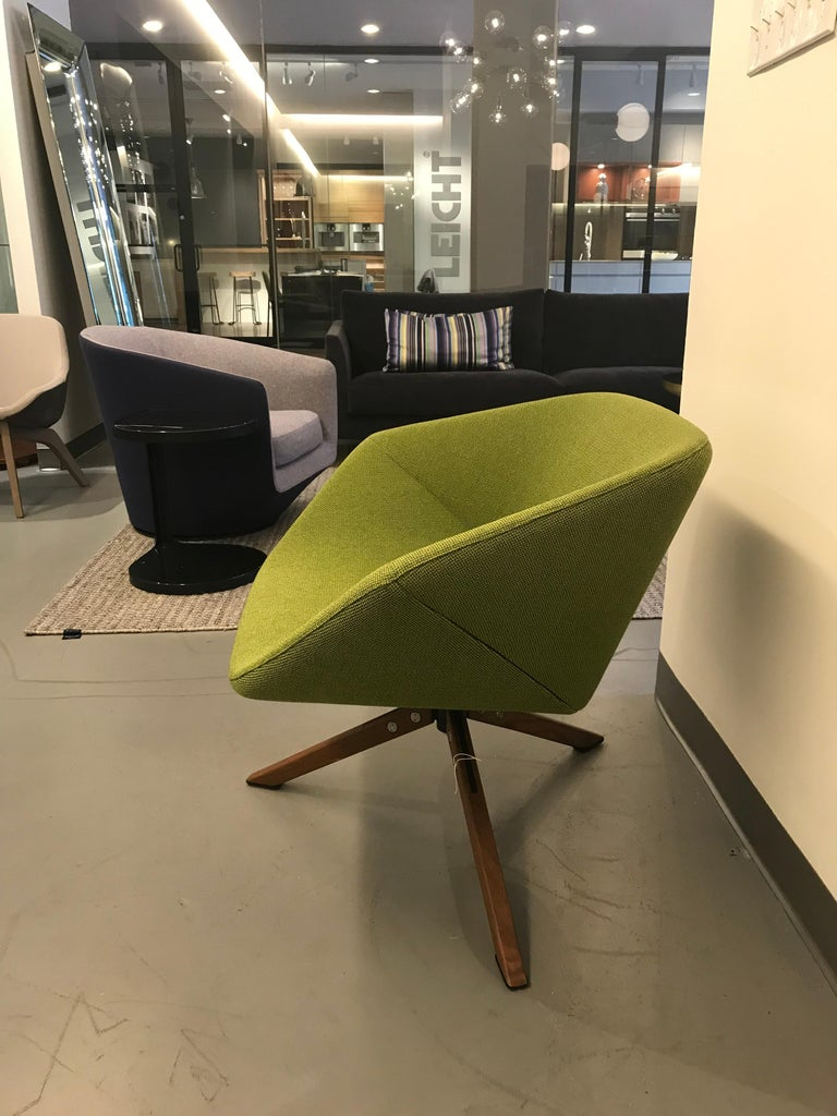 Dutch Montis Green Ella Chair For Sale