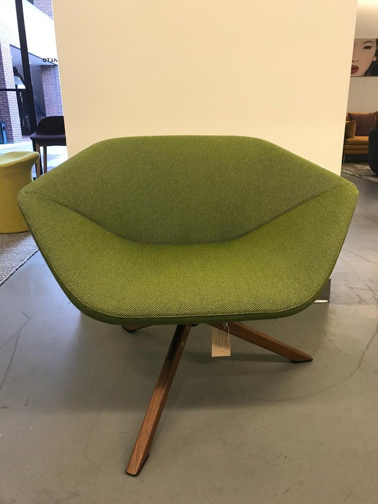 Montis Green Ella Chair In Excellent Condition For Sale In New York, NY