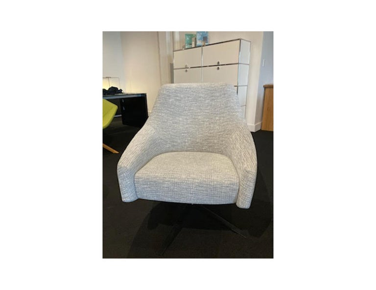 Montis Puk Low designed by Simon Pengelly  For Sale 3