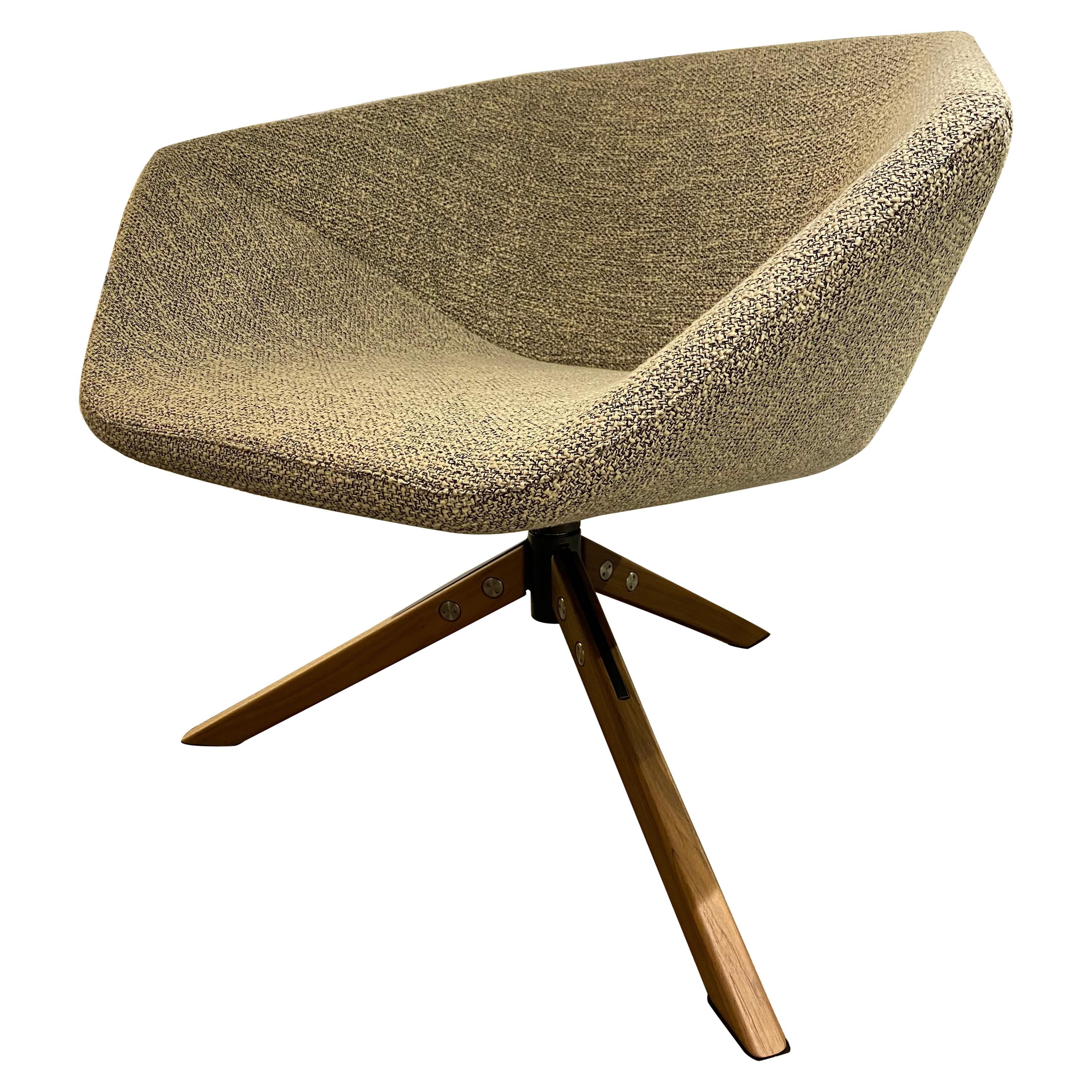 Montis Set of Two Ella Swivel Lounge Chairs Designed by Niels Bendtsen.