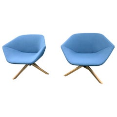 Montis Set of Two Blue Swivel Lounge Ella Chairs