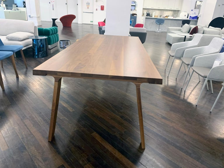 Montis Solid wood Walnut Table For Sale 2