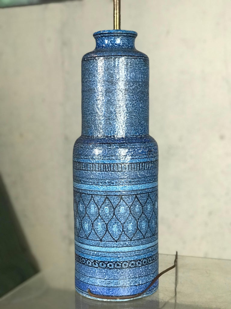 Monumental 1960s Italian Ceramic Table Lamp by Bitossi for Raymor For Sale 2