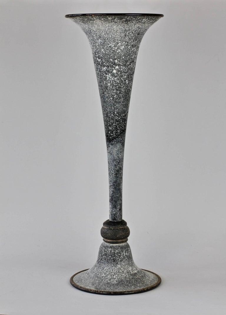 Mid-Century Modern Monumental Vittorio Rigattieri for Seguso Black 'A Scavo' Murano Glass Vase For Sale