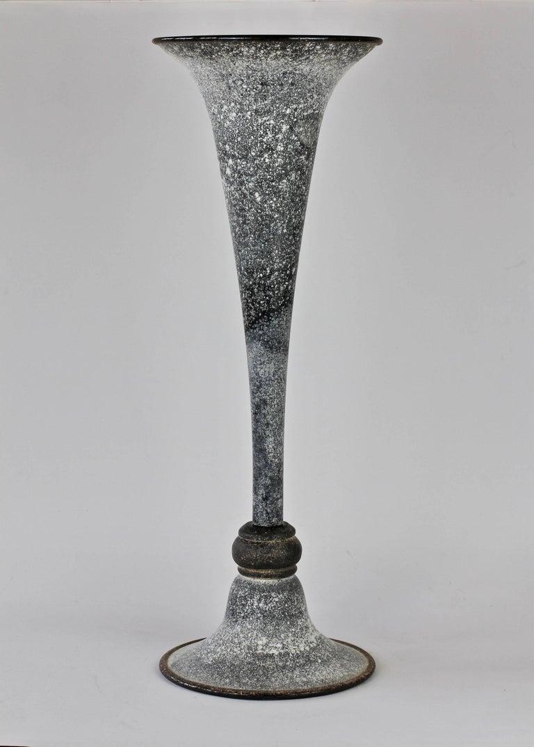 Italian Monumental Vittorio Rigattieri for Seguso Black 'A Scavo' Murano Glass Vase For Sale