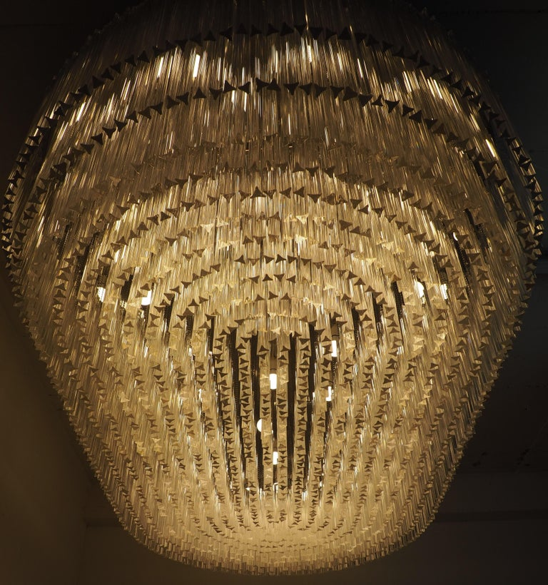 Mid-20th Century Monumental 70-Light Oval Murano Glass Chandelier, circa 1960s For Sale