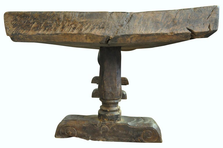 Monumental and Very Rare Pair of 16th Century Spanish Castle Tables For Sale 4