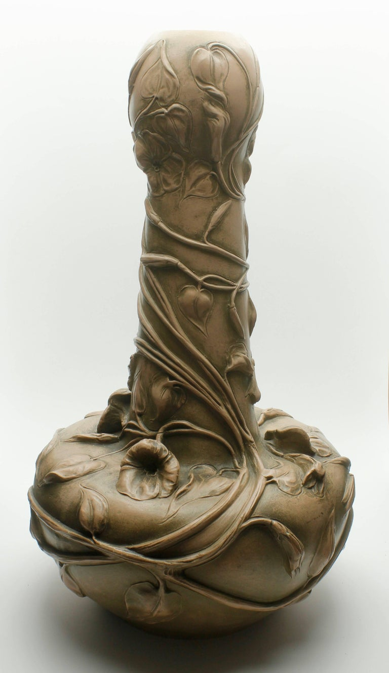Monumental Art Nouveau Vase with Figural Flowers in the Style of Royal Dux For Sale 1