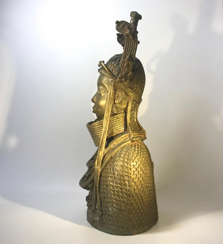Impressive Benin Oda King Lost Wax 'Bronze' sculpture from the mid-20th century Centuries old, the 'Lost Wax' method involves a mold created in wax and the molten metal poured in. The wax melts - or is 'lost', leaving the cast piece. Measures: