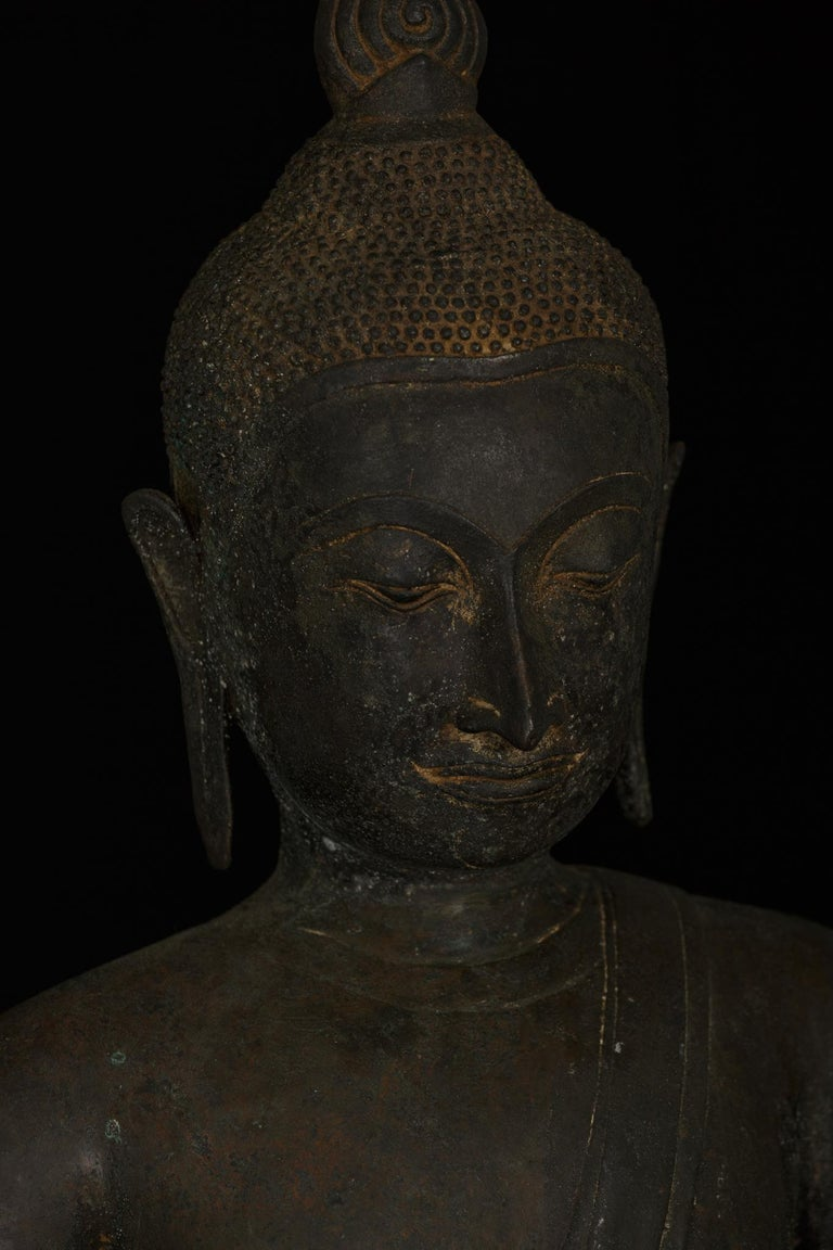 Monumental Bronze Seated Enlightenment Buddha, 19th Century, Old UK Collection For Sale 6