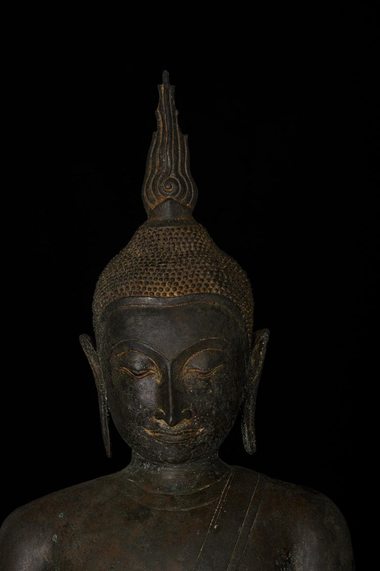 Monumental Bronze Seated Enlightenment Buddha, 19th Century, Old UK Collection In Good Condition For Sale In Shelburne, VT