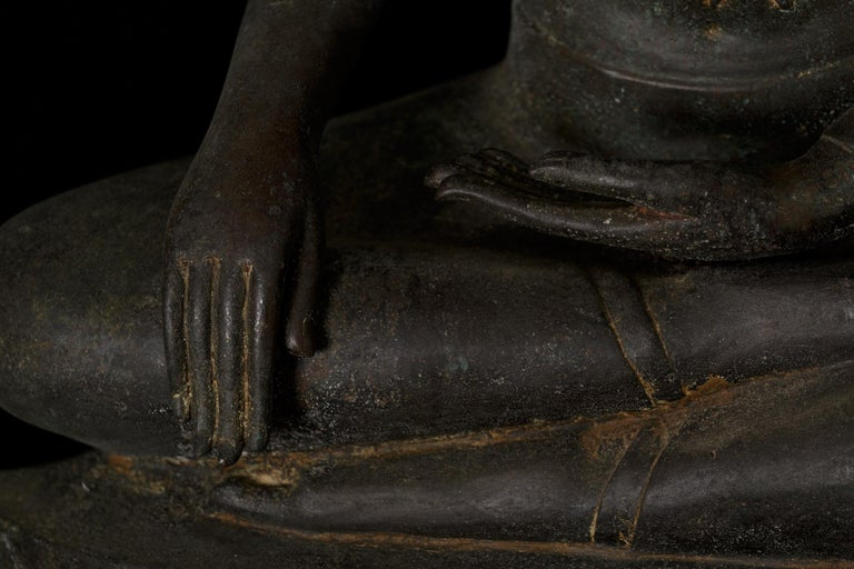 Monumental Bronze Seated Enlightenment Buddha, 19th Century, Old UK Collection For Sale 3