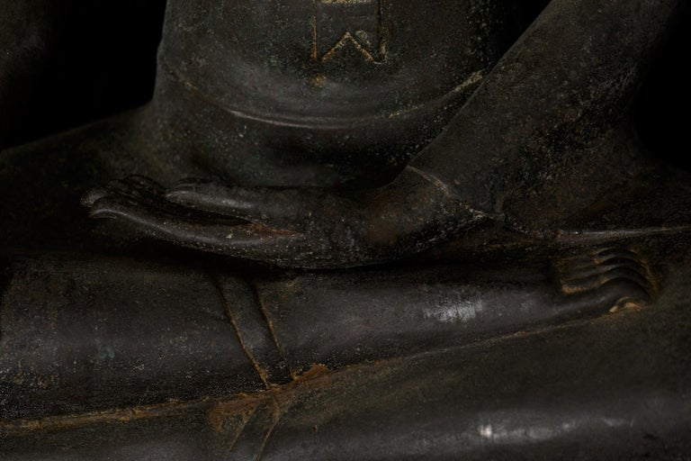 Monumental Bronze Seated Enlightenment Buddha, 19th Century, Old UK Collection For Sale 4