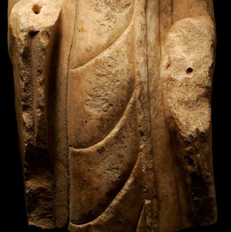 Carved Monumental Buddha Torso White Marble Sculpture - Tang Dynasty China 618-907 AD For Sale