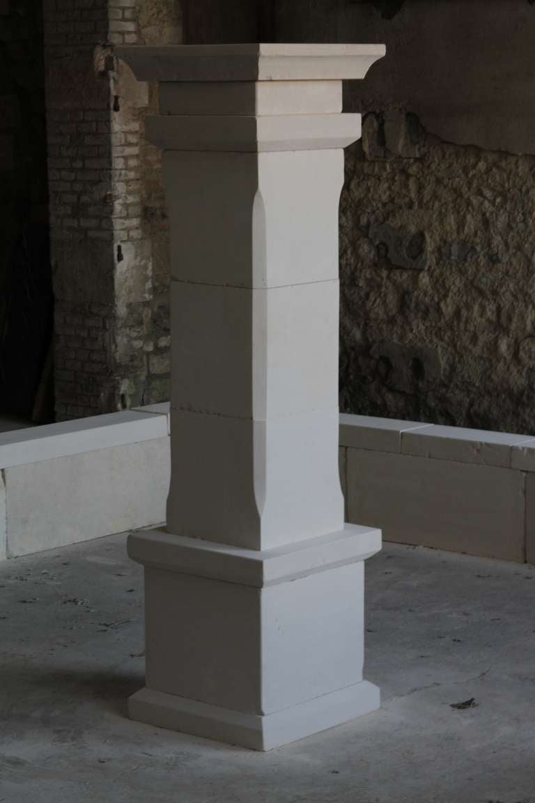 Monumental French Basin-Fountain Hand Carved in Limestone from France In Good Condition For Sale In LOS ANGELES, CA