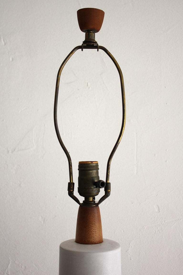Monumental Gordon & Jane Martz Studio Tall Ceramic Table Lamp For Sale 3