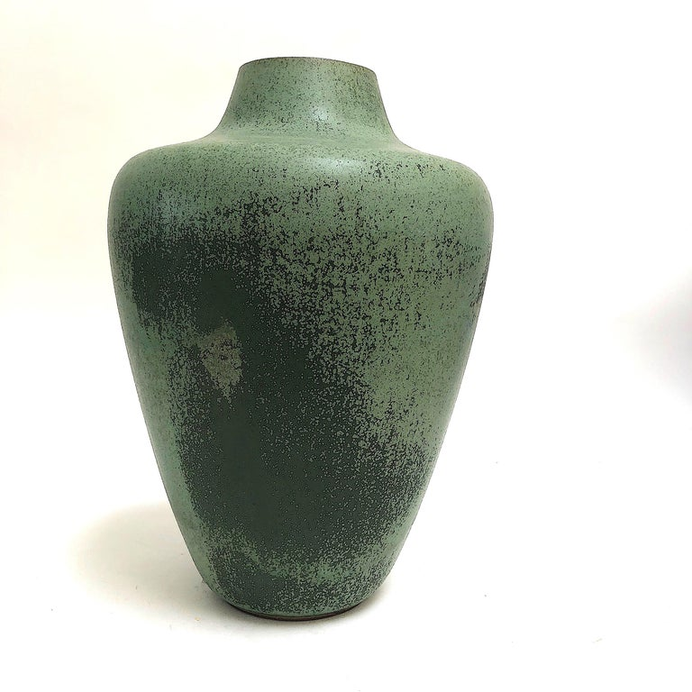 Monumental Hameln Stoneware Floor Vase, Bauhaus, Delius In Good Condition For Sale In Munich, DE