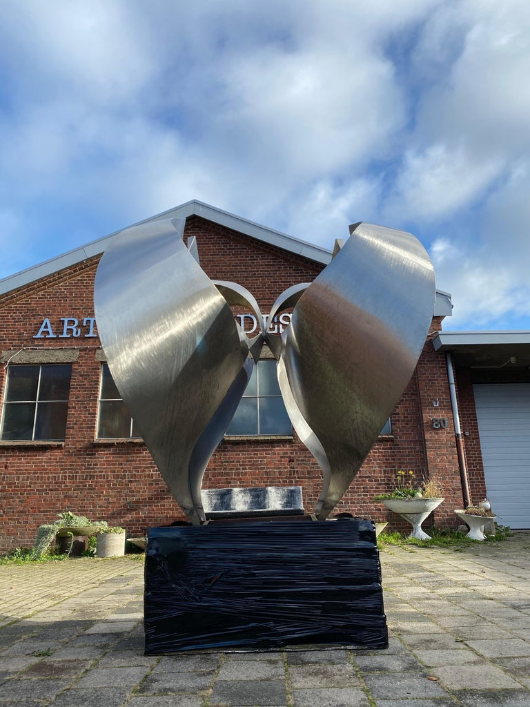 Monumental Inox Sculpture by Dutch Artist Diet Wiegman, circa 1970 In Good Condition For Sale In bergen op zoom, NL