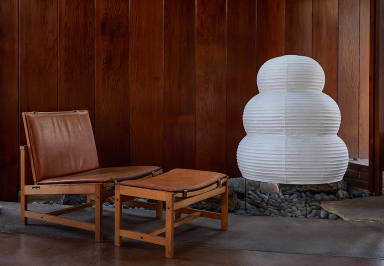 Monumental Isamu Noguchi Akari 25N Floor Lamp In Excellent Condition For Sale In Glendale, CA