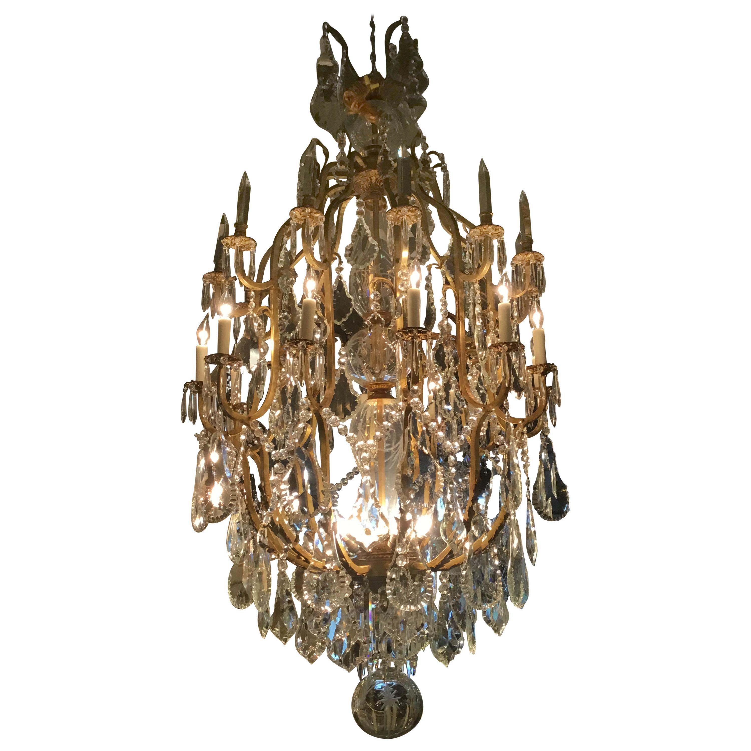 Monumental Italian Crystal and Bronze Chandelier with 20 Lights and Crystal Stem