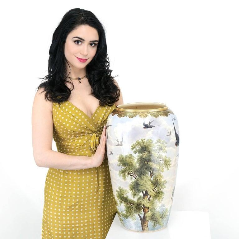 English Monumental Japanese Aesthetic Vase For Sale