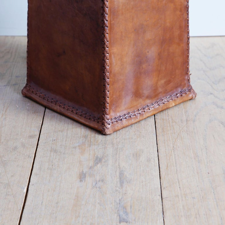 Monumental Leather Standing Lamp In Good Condition For Sale In New York, NY