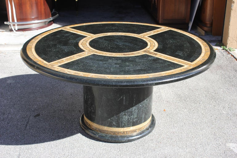 Monumental Mid-Century Modern Smith Tessellated Stone Round Dining Table, 1970s For Sale 10