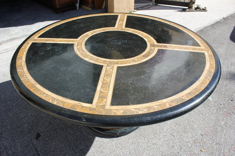 Monumental Mid-Century Modern Smith Tessellated Stone Round Dining Table, 1970s For Sale 11