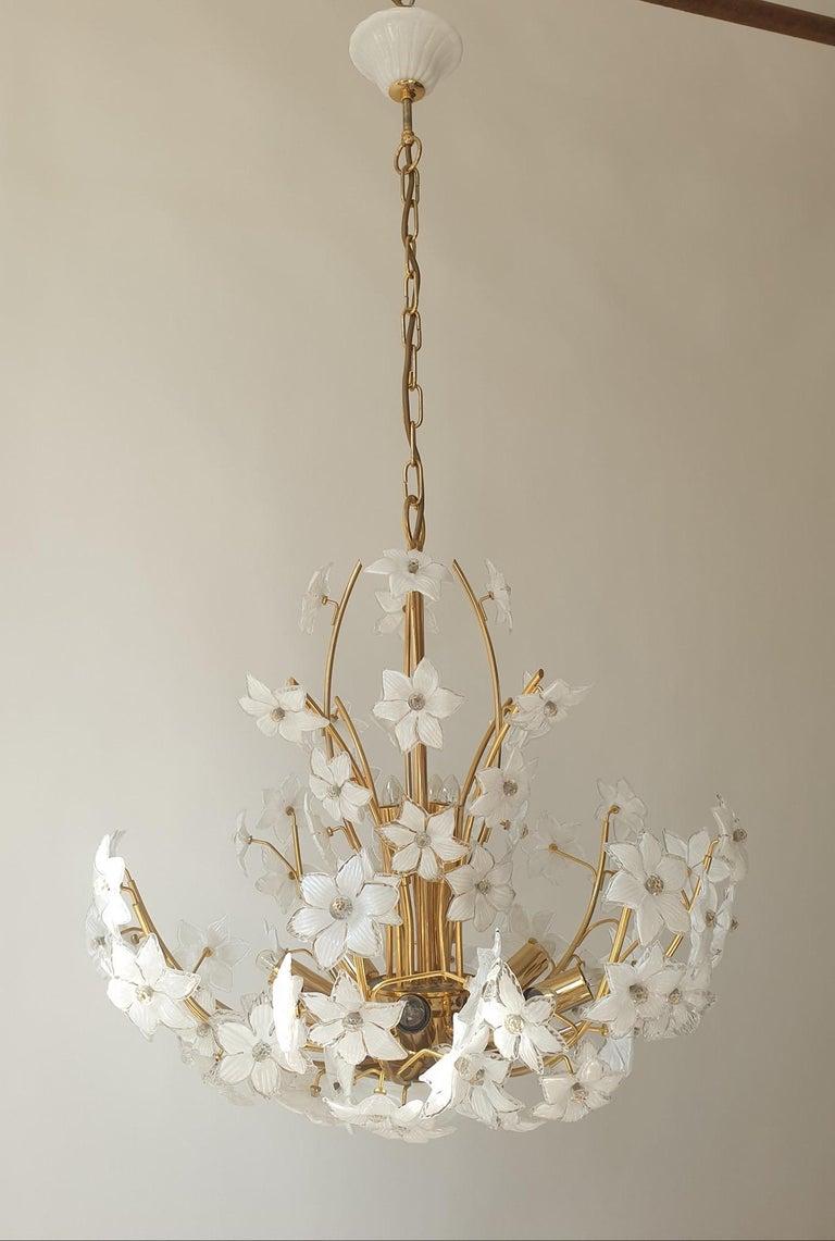 Monumental Modernist Italian Murano Venini Style Flower Glass Gilt Chandelier For Sale 9