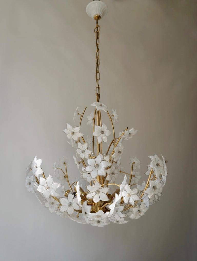 Hollywood Regency Monumental Modernist Italian Murano Venini Style Flower Glass Gilt Chandelier For Sale