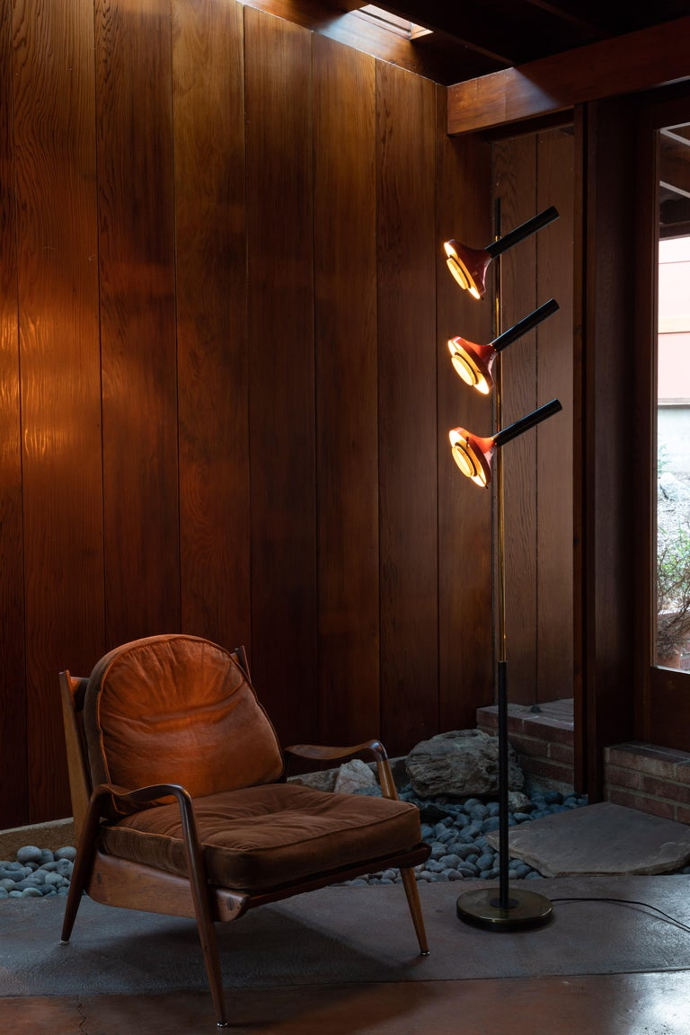Mid-Century Modern Monumental Oscar Torlasco 3-Cone Floor Lamp for Lumi, circa 1958 For Sale