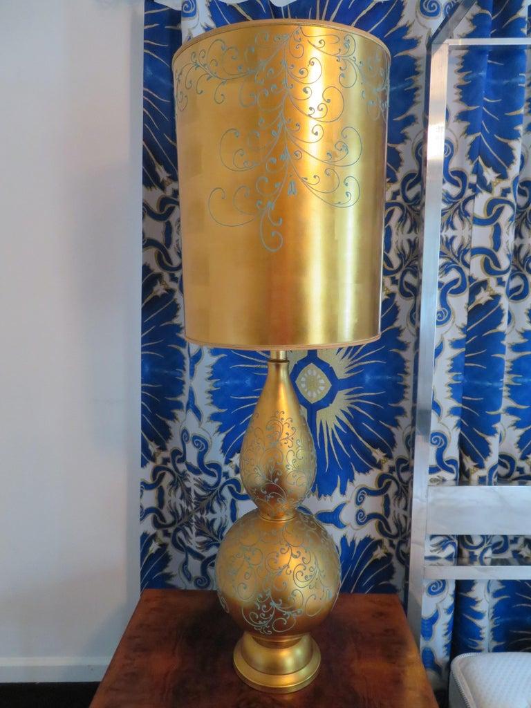 Monumental Pair of Gold Leaf Gourd Shaped Hollywood Regency Modern Lamps For Sale 4