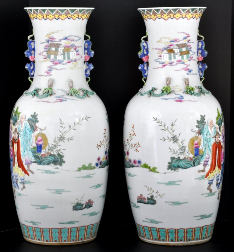 Hand-Painted Monumental Pair of Antique Chinese Qing Dynasty Famille Rose Porcelain Vases For Sale