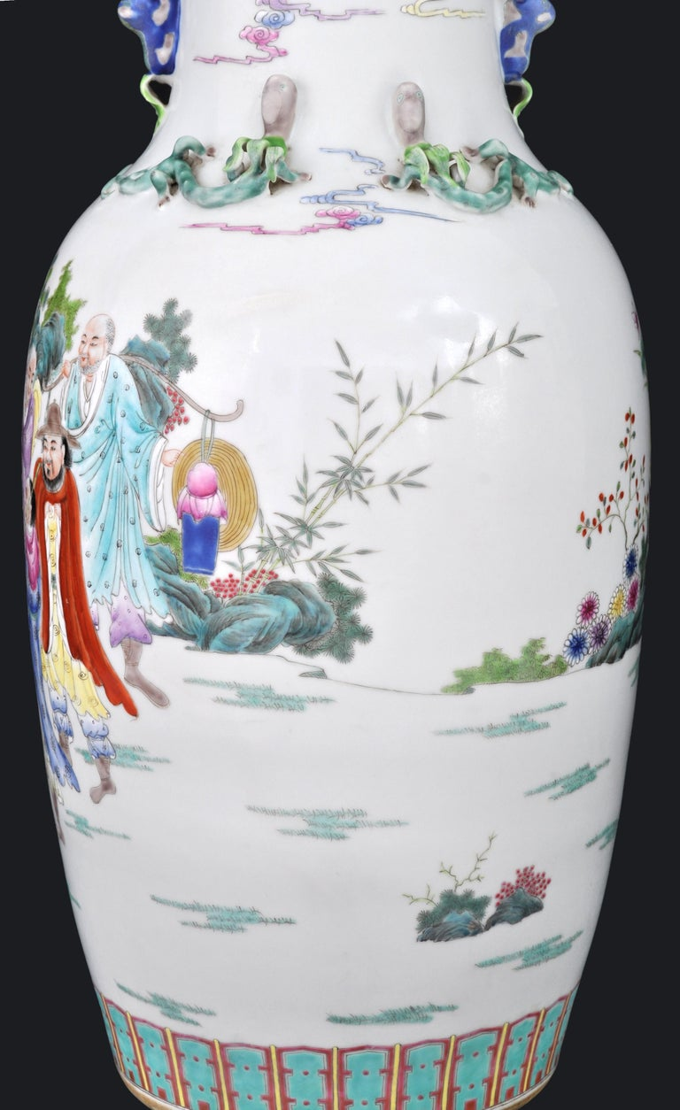 Monumental Pair of Antique Chinese Qing Dynasty Famille Rose Porcelain Vases For Sale 4