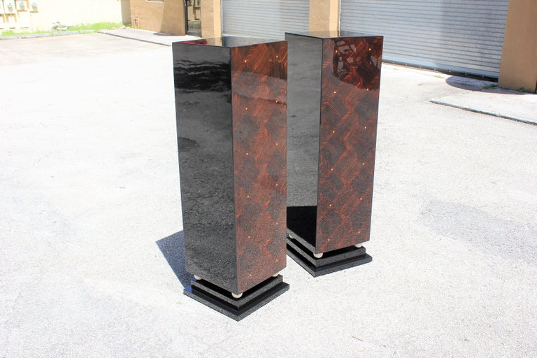 Mid-20th Century Monumental Pair of French Exotic Macassar Ebony Pedestals MOP Accents For Sale