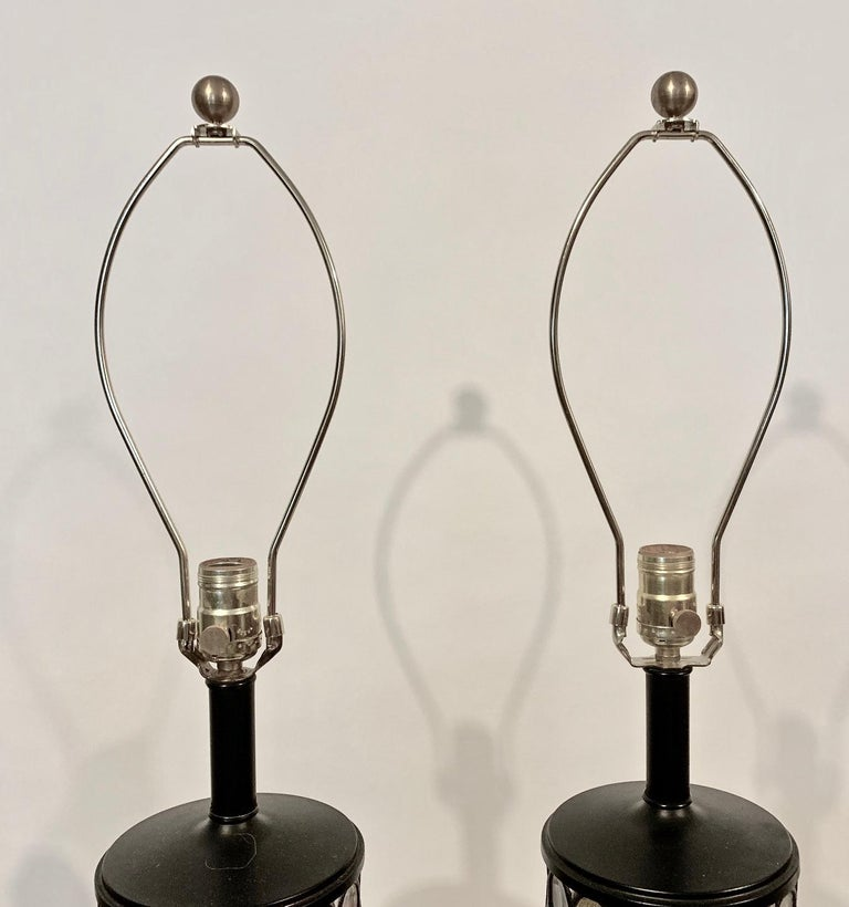 Monumental Pair of Higgins Style Glass & Enamel Illuminating Table Lamps, 1950s For Sale 3