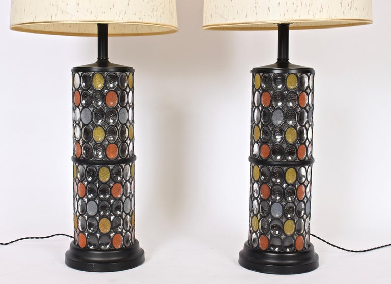 Monumental Pair of Higgins Style Glass & Enamel Illuminating Table Lamps, 1950s For Sale 4