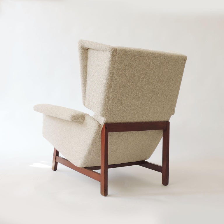 Monumental Pair of Italian 1960s Lounge Chairs For Sale 4