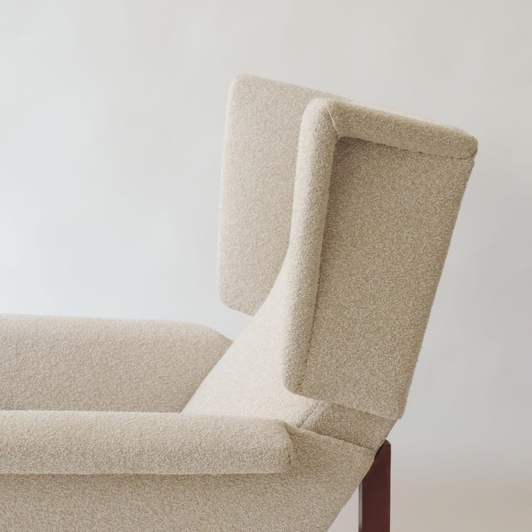 Mid-Century Modern Monumental Pair of Italian 1960s Lounge Chairs For Sale