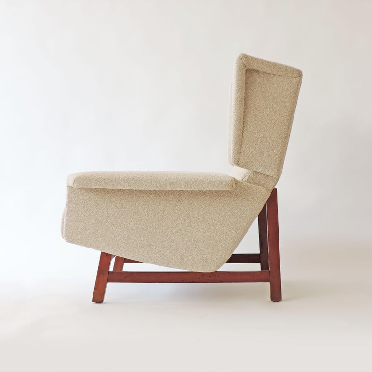 Monumental Pair of Italian 1960s Lounge Chairs In Good Condition For Sale In Milan, IT