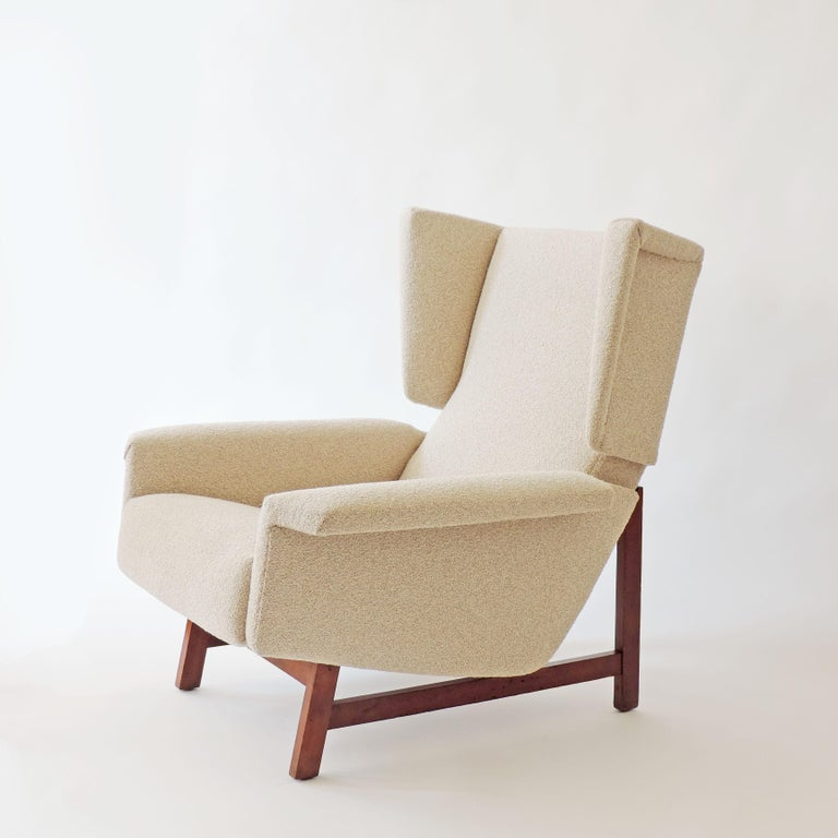 Mid-20th Century Monumental Pair of Italian 1960s Lounge Chairs For Sale
