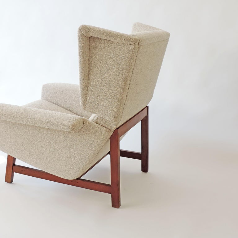 Monumental Pair of Italian 1960s Lounge Chairs For Sale 1