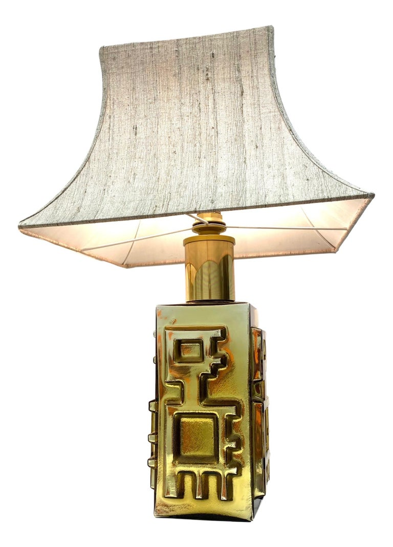 Mid-20th Century Monumental Pair of Table Lamps Gold Colored Glass Pagoda Shades Vintage, Italy