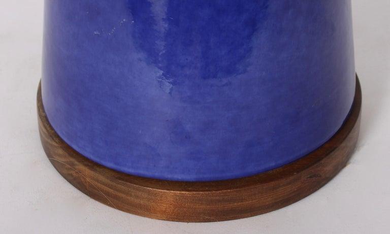Walnut Monumental Raymor High Gloss Royal Blue with Deep Green Drip Ceramic Table Lamp For Sale