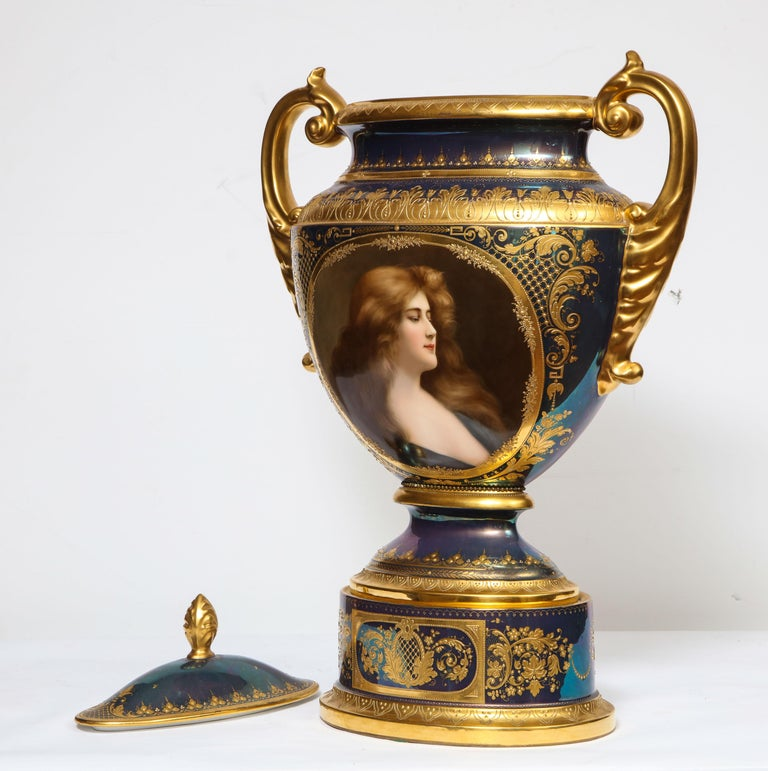 Monumental Royal Vienna Iridescent Porcelain Portrait Vase and Cover, Wagner For Sale 2