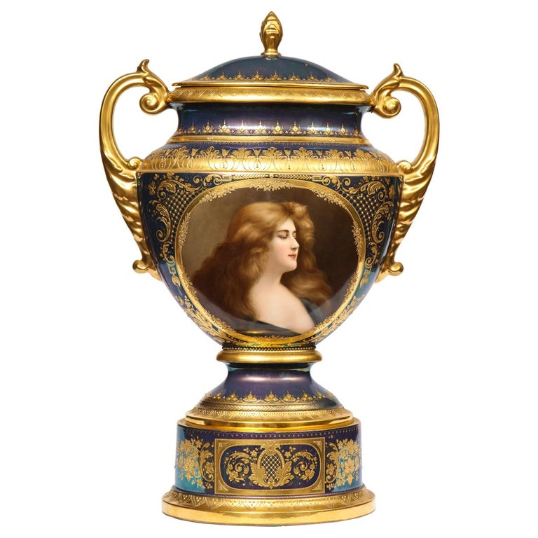 Monumental Royal Vienna Iridescent Porcelain Portrait Vase and Cover, Wagner For Sale