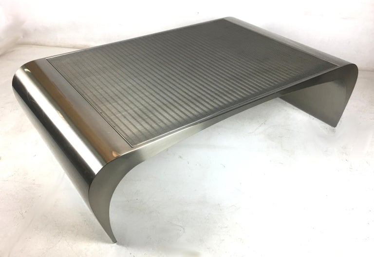 Monumental Sculptural Coffee Table by Brueton In Excellent Condition For Sale In San Leandro, CA