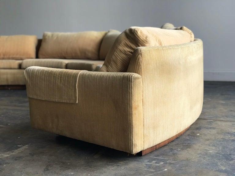 American Monumental Semi-Circular Sofa by Milo Baughman for Thayer Coggin, Rosewood Base For Sale
